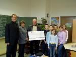 300,00 € für die Grundschule Annahütte.